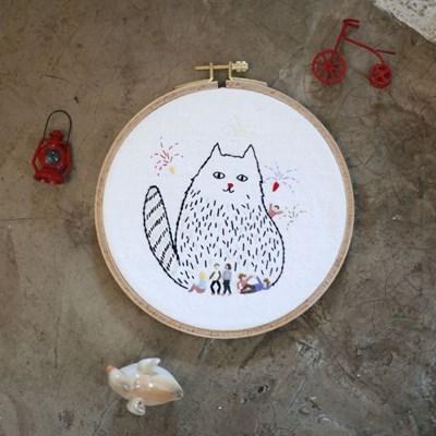 걸리버 고양이 자수액자 DIY KIT by 이상한 나라의 고양이