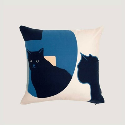 Kitty in the mirror cushion covers - navy