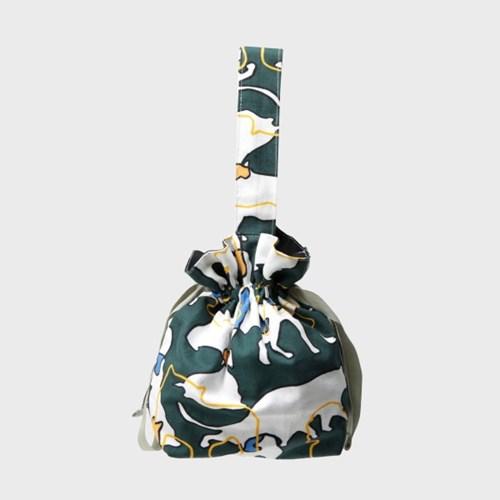 Shilluette mini string bag