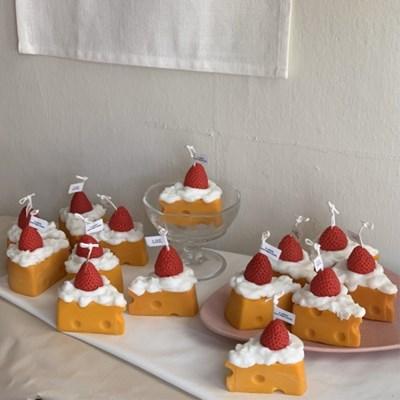 딸기 조각케이크 캔들 4scent 2color
