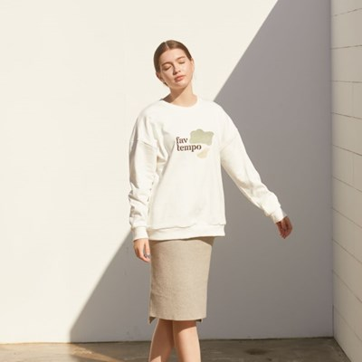 Logo Patch Sweatshirt (White)