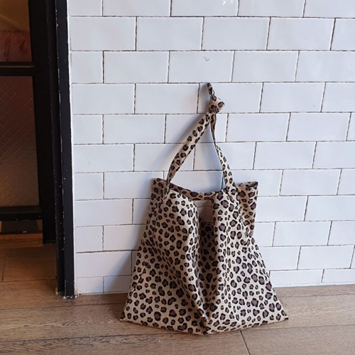 reopard brown bag