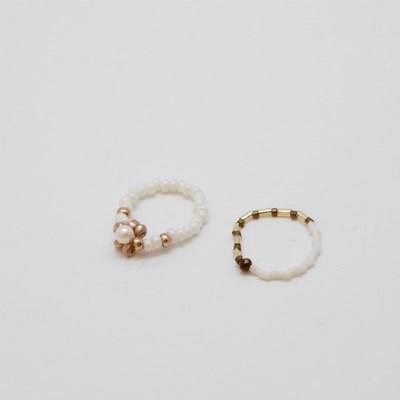 white caramel rings set