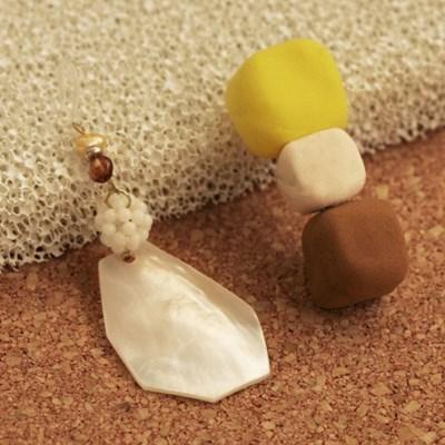 sugar powder earrings