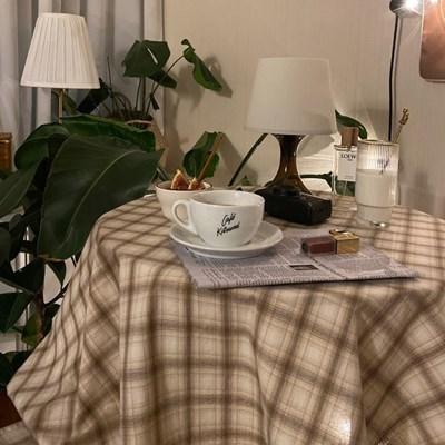 온더아몬드봉봉 식탁보 테이블보 110x110cm 테이블러너