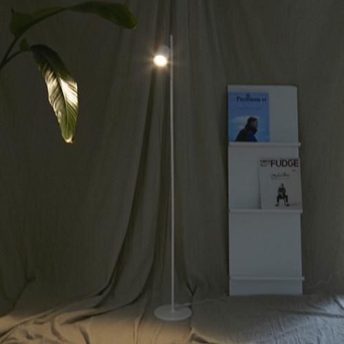 모노화이트 LED 스탠드