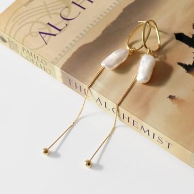 (92.5 silver) baroque pearl drop earring