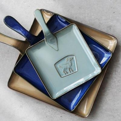 까사무띠 이태리 쎄나 - 사각 후라이팬 모양 접시 36cm 브라운