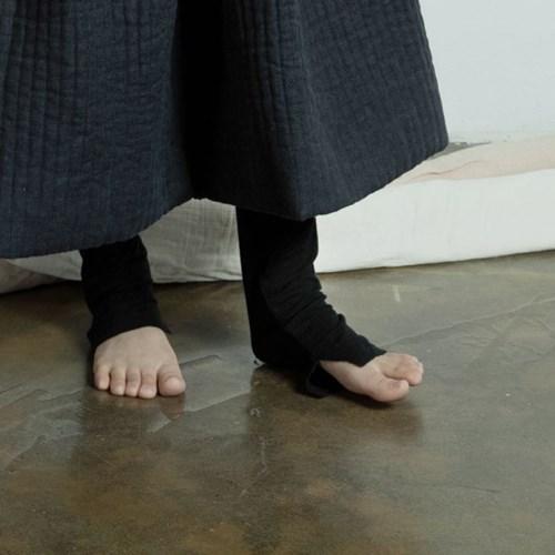 슬릿 레깅스 : Slit leggings - black