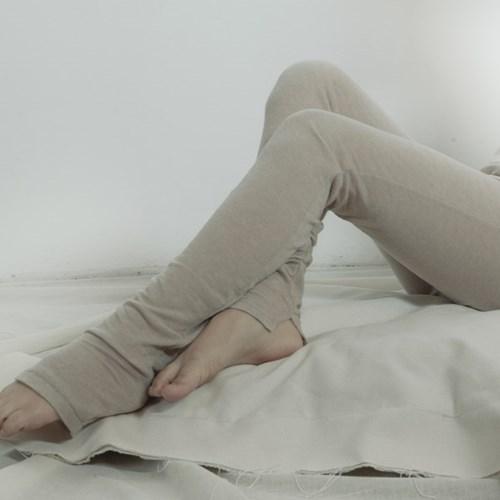 슬릿 레깅스 : Slit leggings - mocha beige