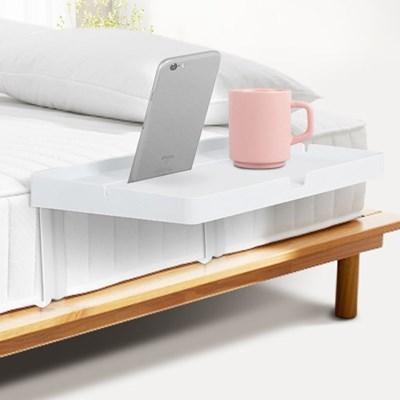 원룸 자취방 미니 거실 소파 침대 사이드테이블