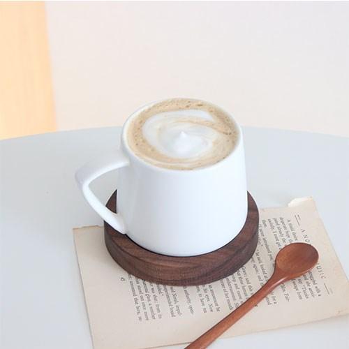 삼각 손잡이 매트 머그컵 커피잔