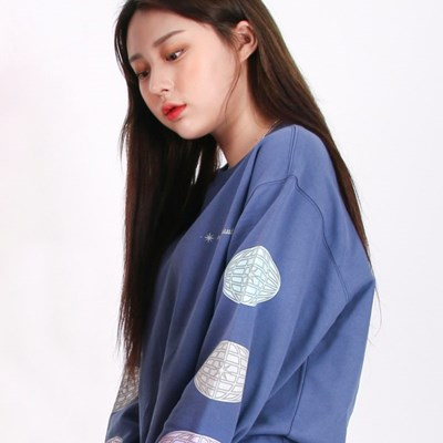 (UNISEX)3 Globe-Star Sweatshirt(SOFT BLUE)_(1470256)