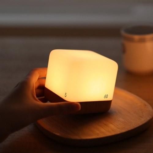 [무아스] 충전식 LED 큐브 타이머 무드등 수유등 취침조명