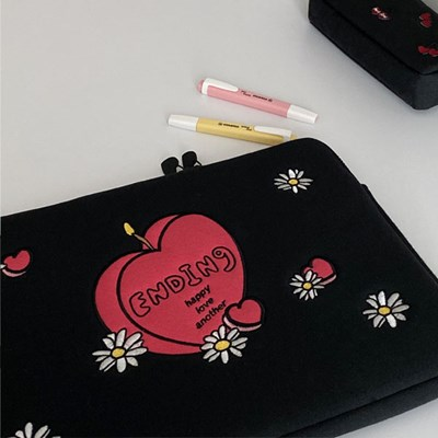 candle laptop pouch