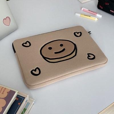 pancake laptop pouch