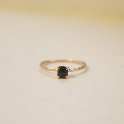 스퀘어원석 반지 - 블랙스피넬