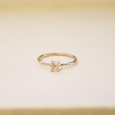 스퀘어원석 반지 - 레인보우 문스톤