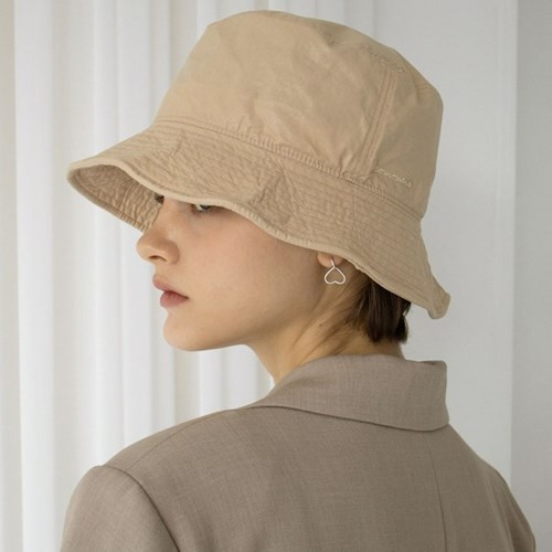 eou poly bucket hat(beige)