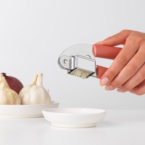 [브라반티아] 마늘 다지기 - 테라코타 핑크