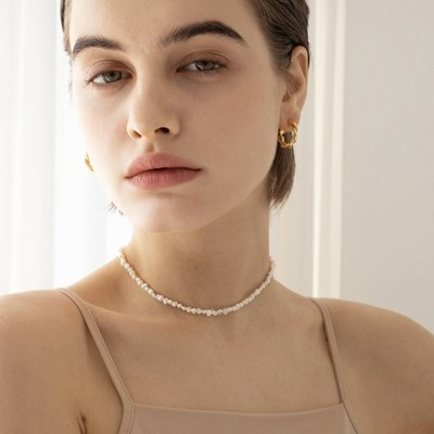 sophia small pearl necklace