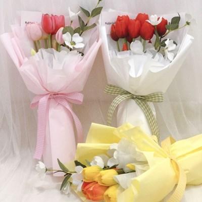 조화 튤립&도그우드 꽃다발