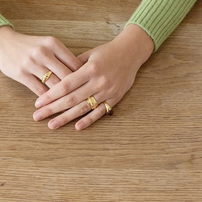 Center Point Ring (Gold)