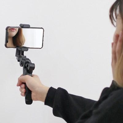 스마트폰 VLOG영상촬영 핸드그립 셀카봉 삼각대 R5540_(1174356)