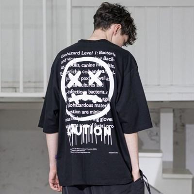 매스노운 케쥬에이션 스마일 오버사이즈 반팔 티셔츠 MSZTS003-BK