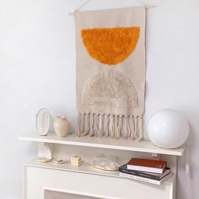 오렌지 타피스트리 월행잉 패브릭 포스터