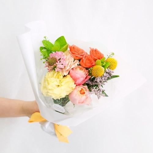 [스프링가든 에디션] 봄을 담은 꽃다발