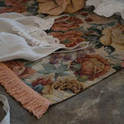 Petal fringe lug mat :페틀 프린지 러그매트