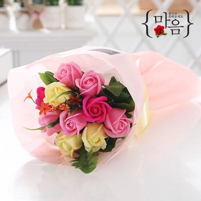 장미 10송이 꽃다발 핑크 로즈데이 성년의날 부부의날_(2666835)
