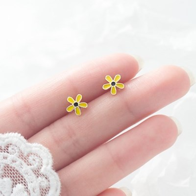 에르모사제이 실버 925 데일리 은 꽃 귀걸이 E074- 골드