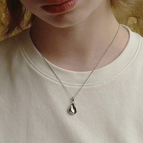 Pebble Necklace