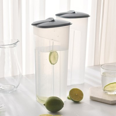 [1+1]원터치 투명 사각 냉장고물통 2400ml_(1053233)