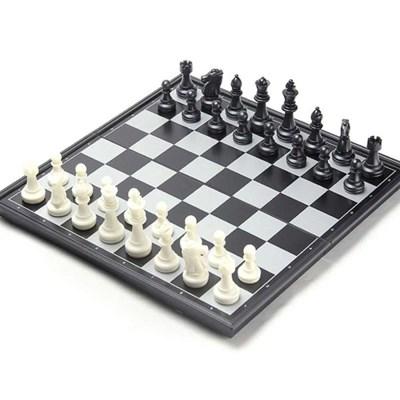 맥킨더 고급 자석 체스판 세트(블랙&화이트)_(347738)