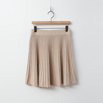 Pleats Knit Mini Skirt