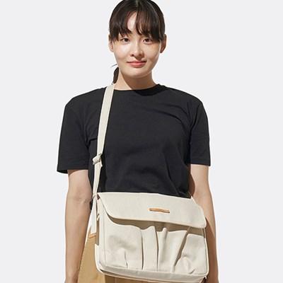 WRINKLE IPAD BAG 708 WHITE