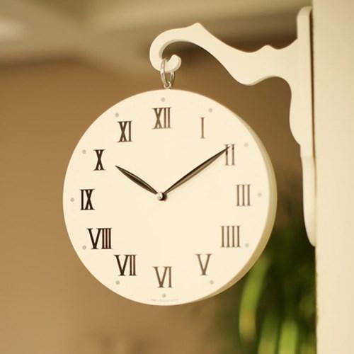 화이트 우드 무소음 인테리어 벽걸이 양면시계