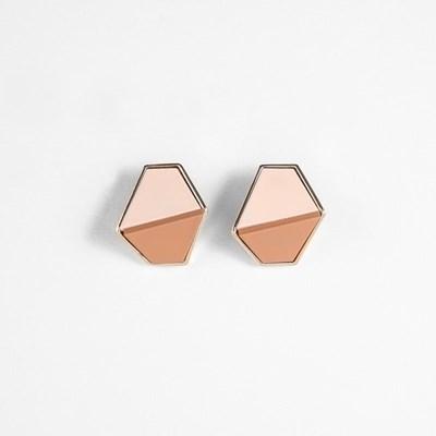 [쥬디앤폴] 돌체 코코아 마카롱 컬러 콤비 귀걸이 E51656