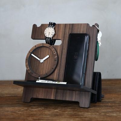 소지품이 인테리어가 되는 테이블 웨어 탁상시계