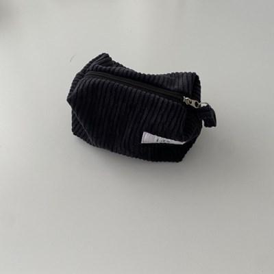 골덴 블랙 네모 파우치(Corduroy black oblong pouch)