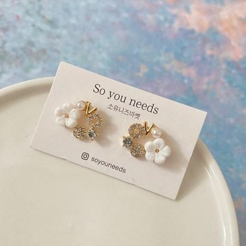 작은꽃 큐빅 은침 귀걸이