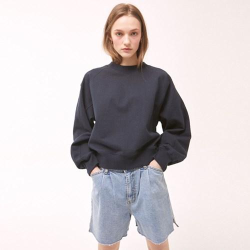 Two-Tuck Denim Shorts - Blue