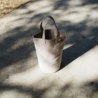 Cylinder Bag (LIGHT BROWN)