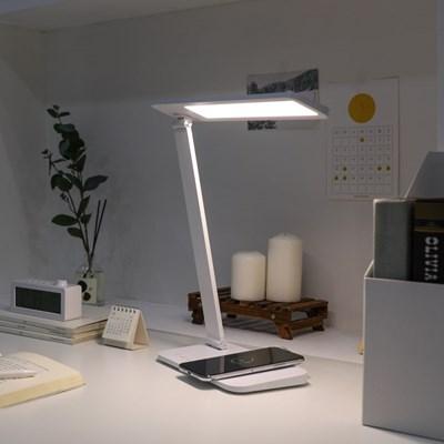 [무아스] 아이케어링 무선충전 LED 스탠드 시력보호 학생용 조명