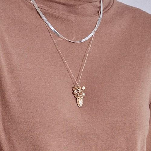 Fancy Flower Necklace