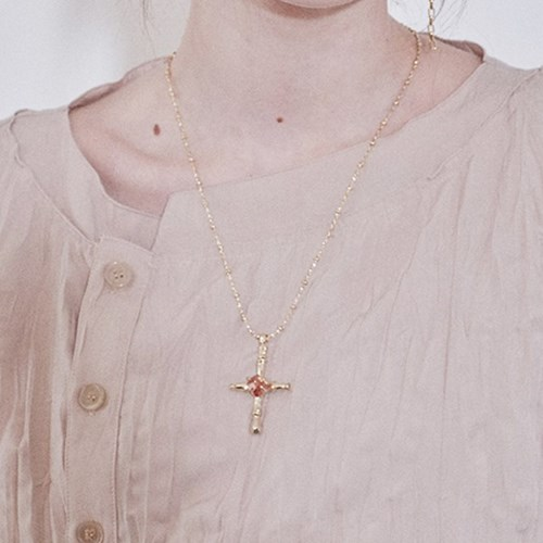 Vintage Cross Cue Necklace