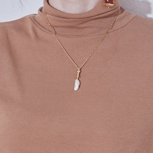 Pearl Knife Necklace